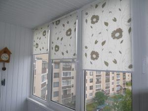 Установка рулонных штор на пластиковые окна в Щёлково